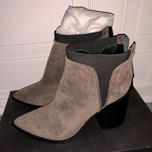 Kenneth Cole gray booties size 10